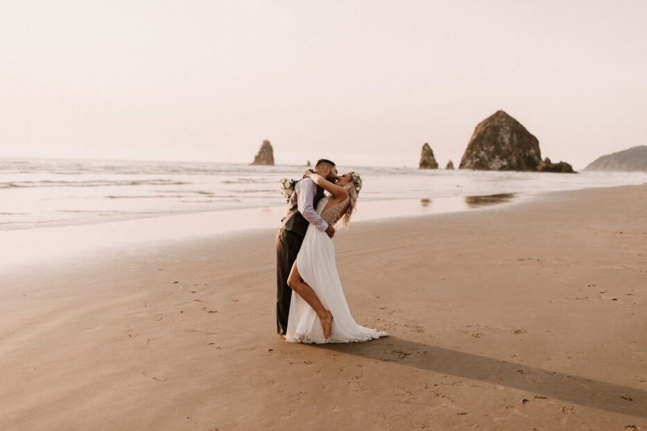 Intimate Cannon Beach Elopement